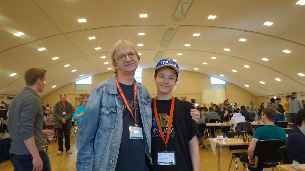 Bennett mit seinem Geheimtrainer Eberhard.