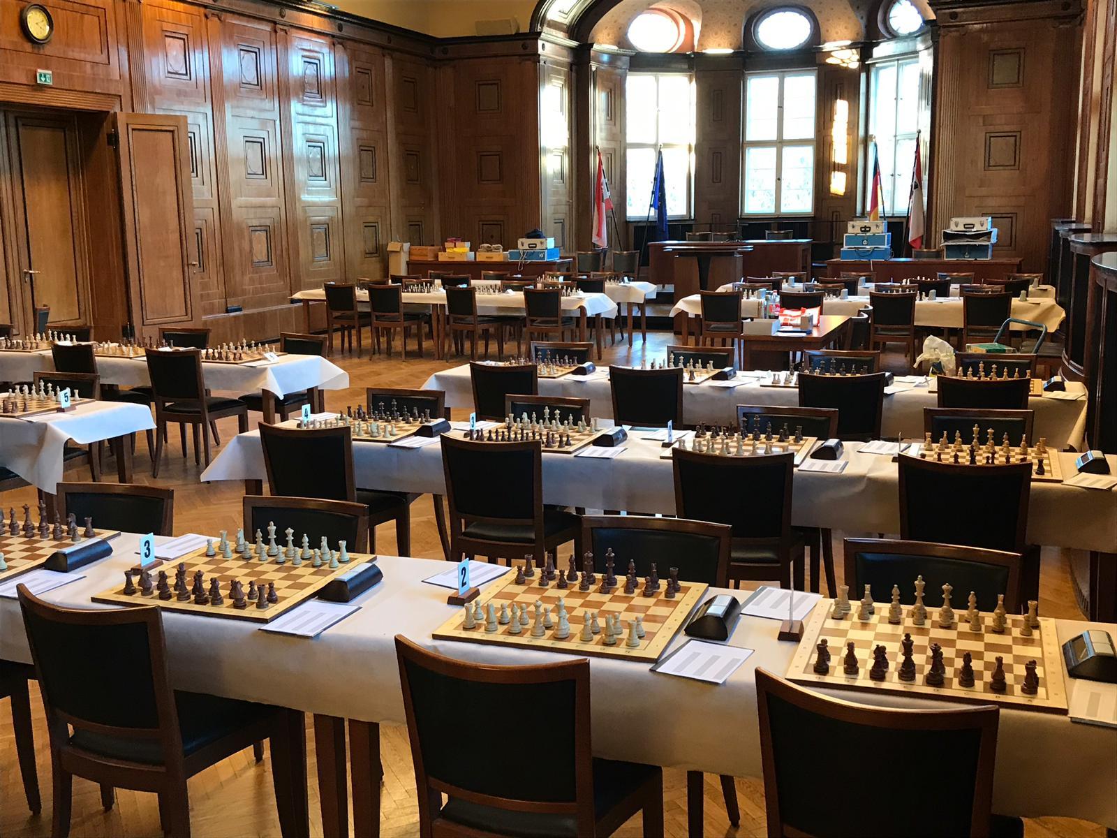 Ein Blick in den Bürgersaal im Rathaus Treptow BMM Saison 2019/20.